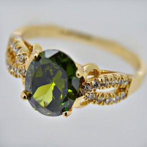 Обворожительное кольцо в позолоте 11442-зеленый фото | Brulik